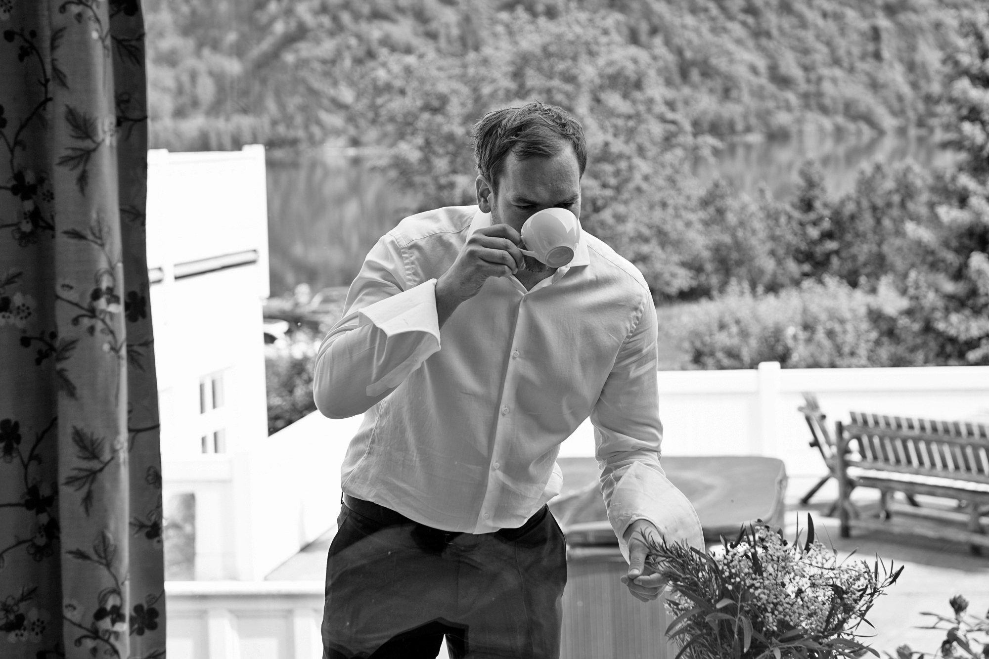 NORWEGIAN FJORD WEDDING AT TØRVIS HOTELL IN SOGN