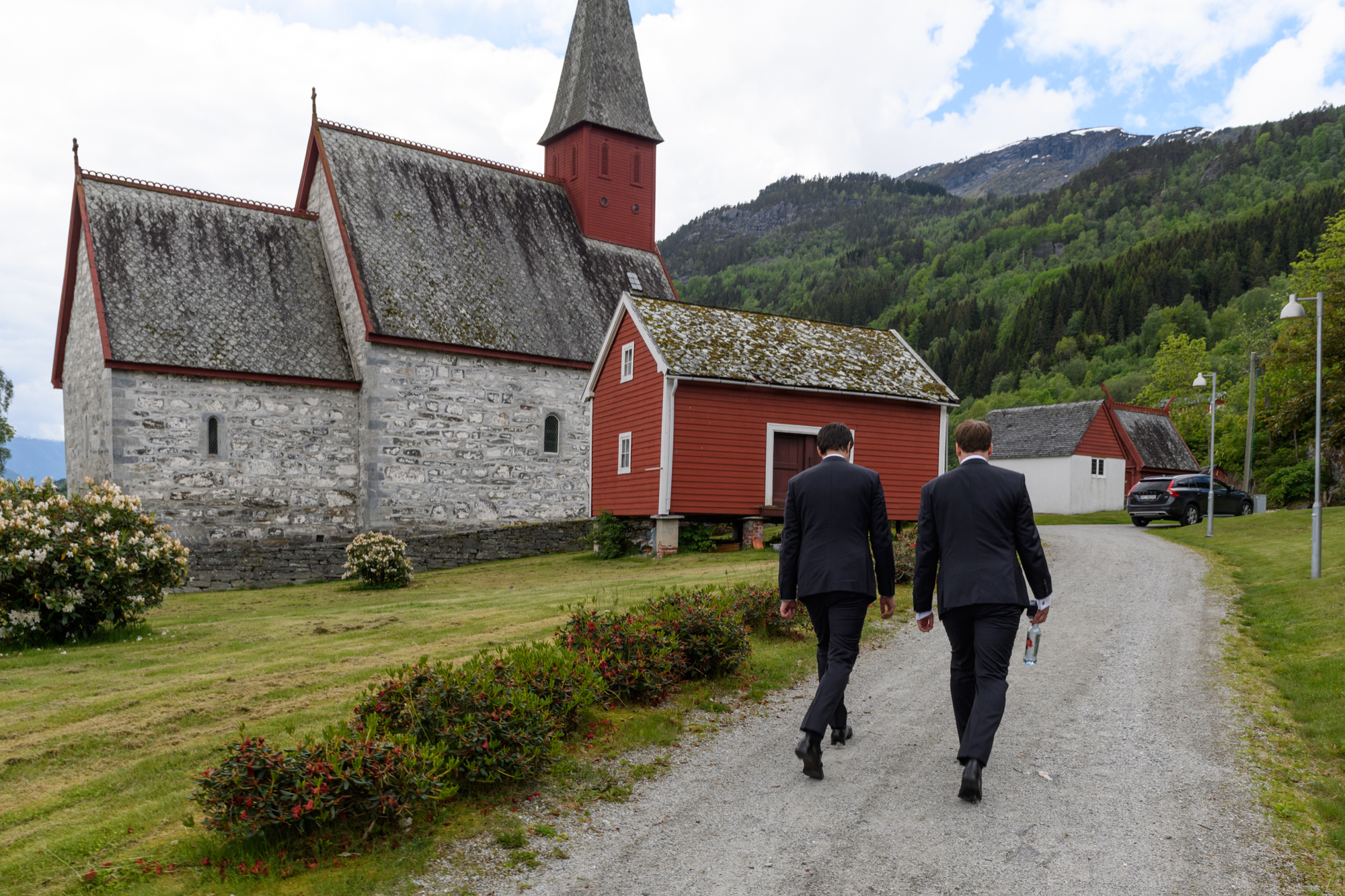 Dale Church Luster NORWEGIAN FJORD WEDDING