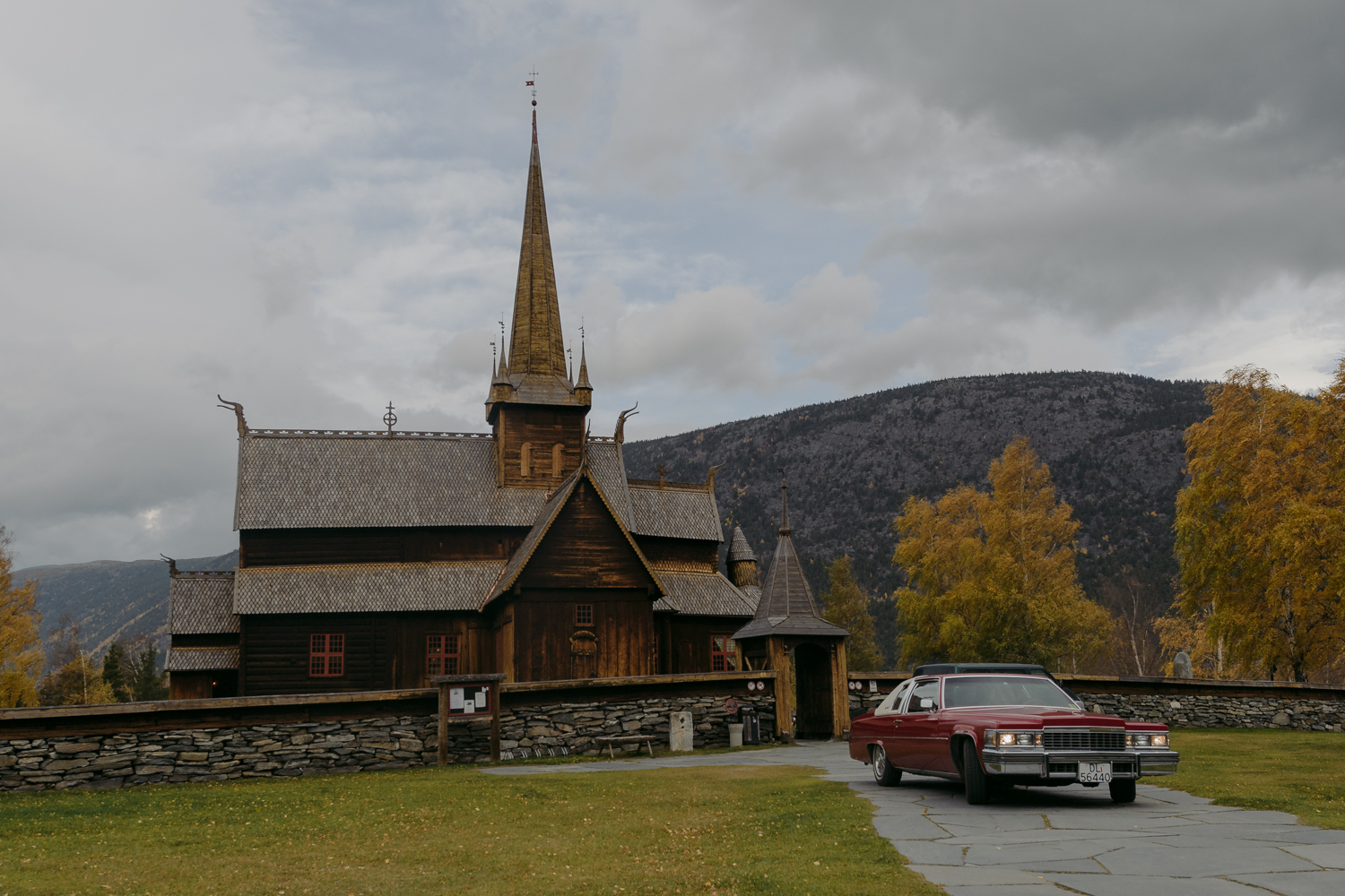 Lom Stave Church Wedding Classic car