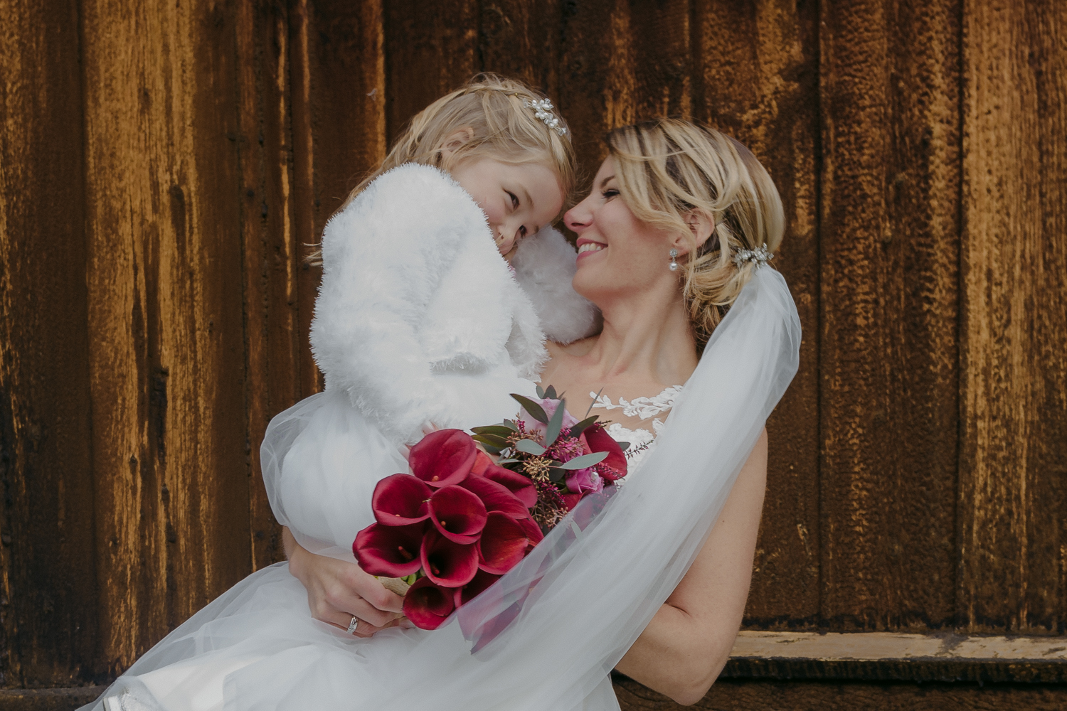 Lom Stave Church Wedding bride with daughter