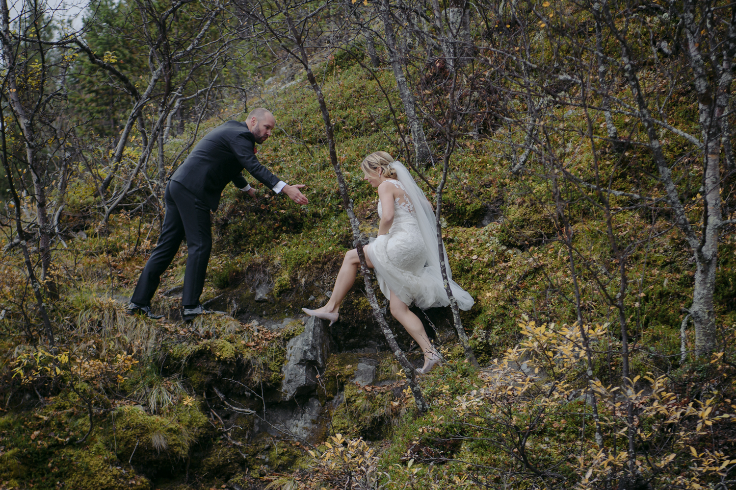 Norwegian wedding climbing