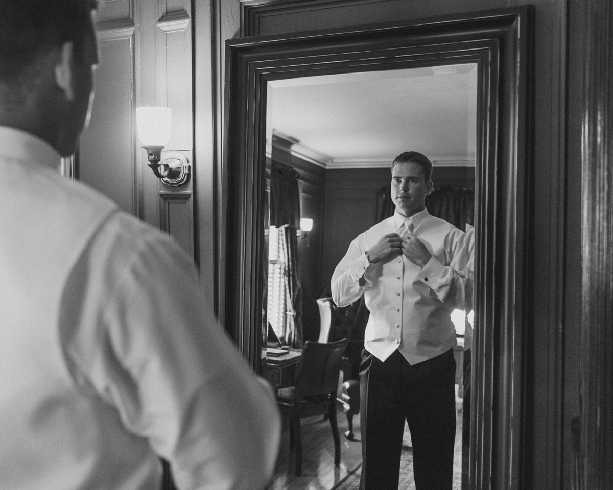 Lord Thompson Manor Wedding Groom Prep